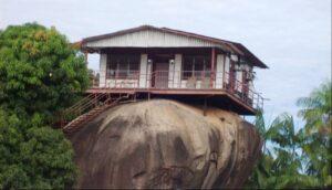 Parábola de la casa sobre la Roca