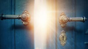 Entrad por sus Puertas con Acción de Gracias