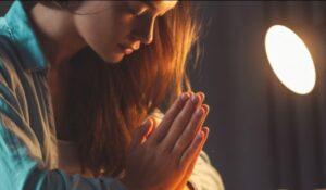 Edificar su casa con la oración